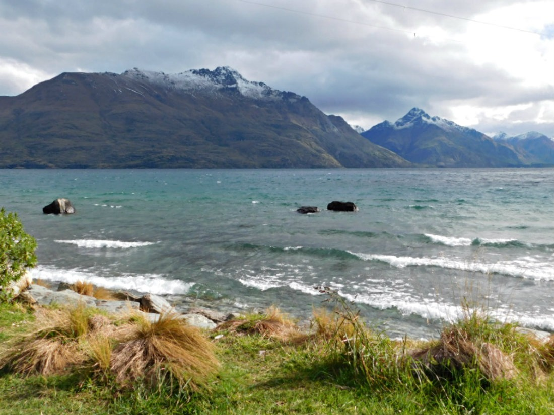 Hanging out by Lake Wakatipu in Queenstown during month twenty nine of Digital Nomad Life