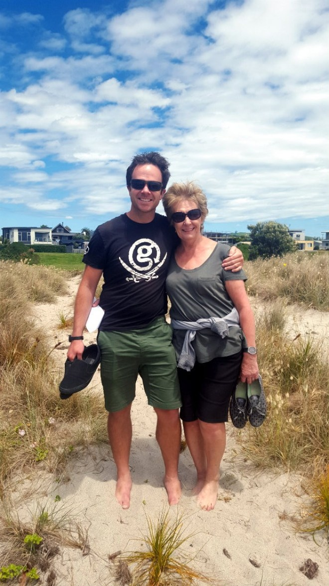 Hanging out with my Mum and brother in Papamoa during month twenty nine of Digital Nomad Life