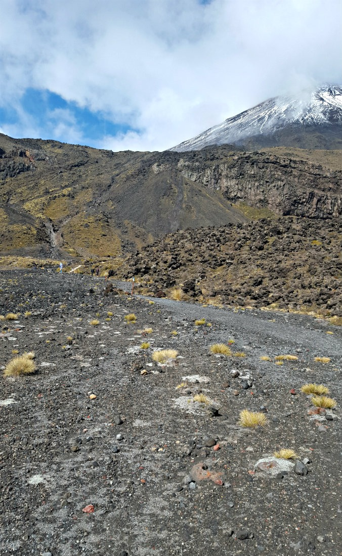 Last few kilometers on the Tongariro Northern Circuit