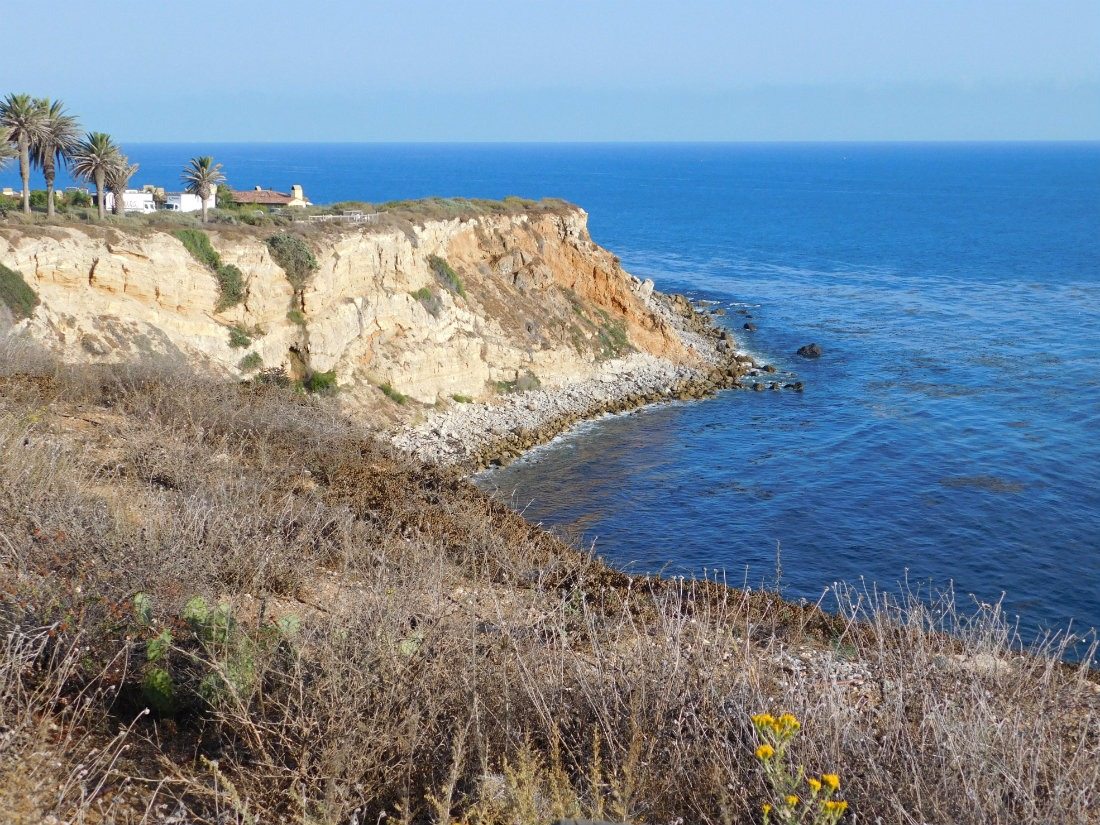 Beautiful and rugged coastline on the Palos Verdes Peninsula in the South Bay of Los Angeles