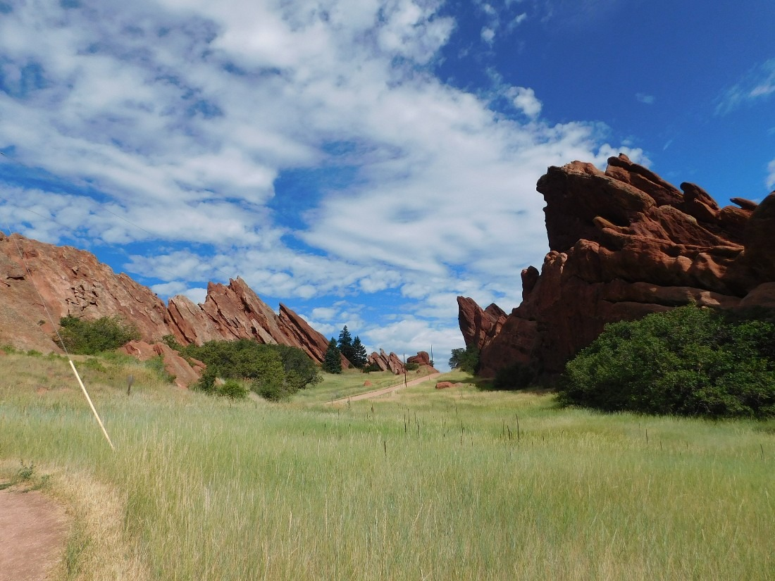 Hiking Roxborough State Park in Colorado