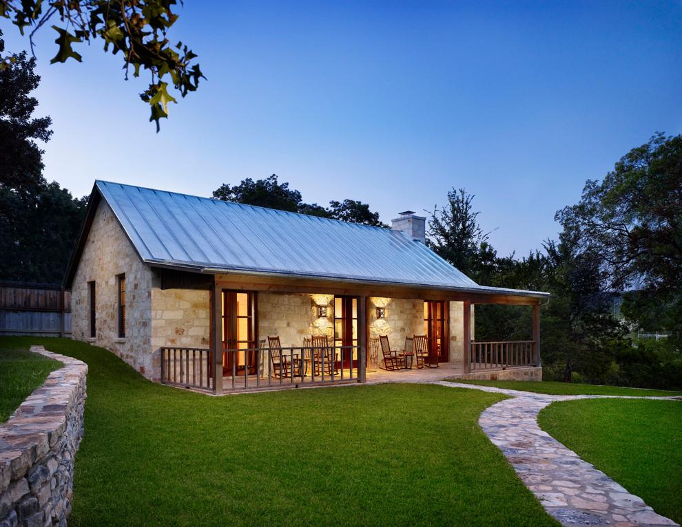 25 Great Farmhouse Exterior Design