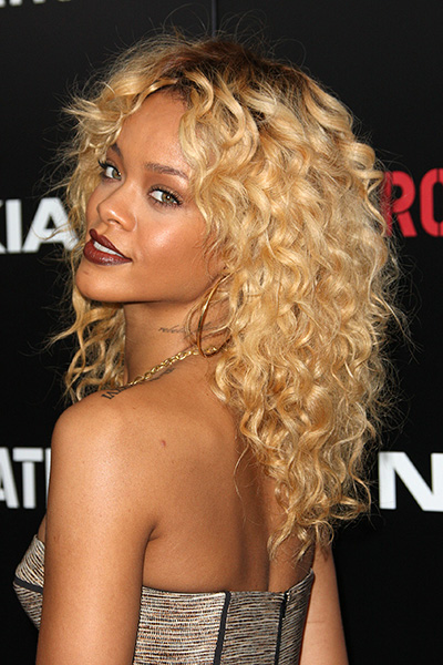 30 Best Curly Hairstyles For Women