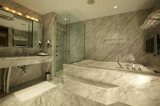 25 Modern Luxury Bathrooms Designs