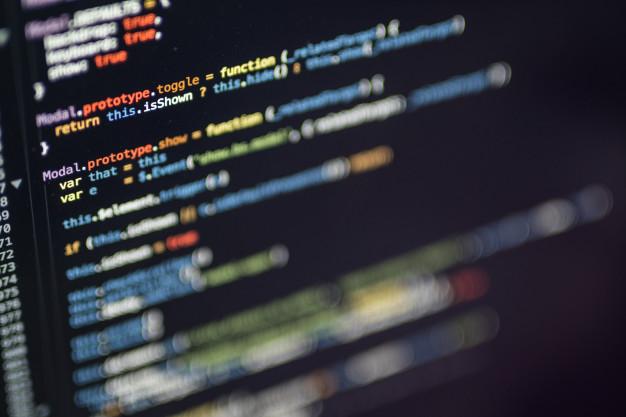 أفضل تطبيقات عربية لتعليم البرمجة
