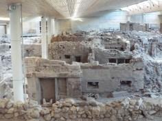 akrotiri archeaological site