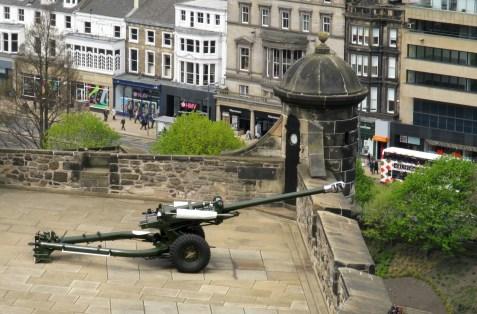 One O'Clock Gun, Edinburgh