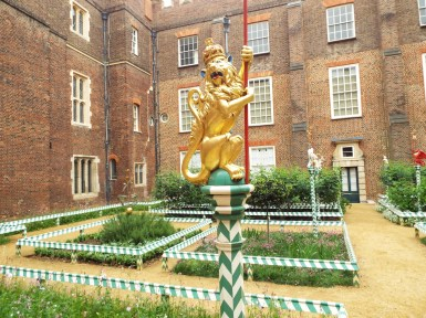 Tudor gardens