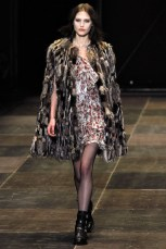 Saint Lauren Fall 2013 Ready-to-Wear Thextyle.com 9