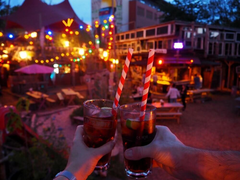 Holzmarkt Berlin drinki