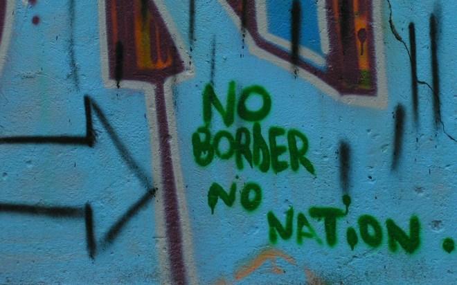 Graffitti No Border No Nation