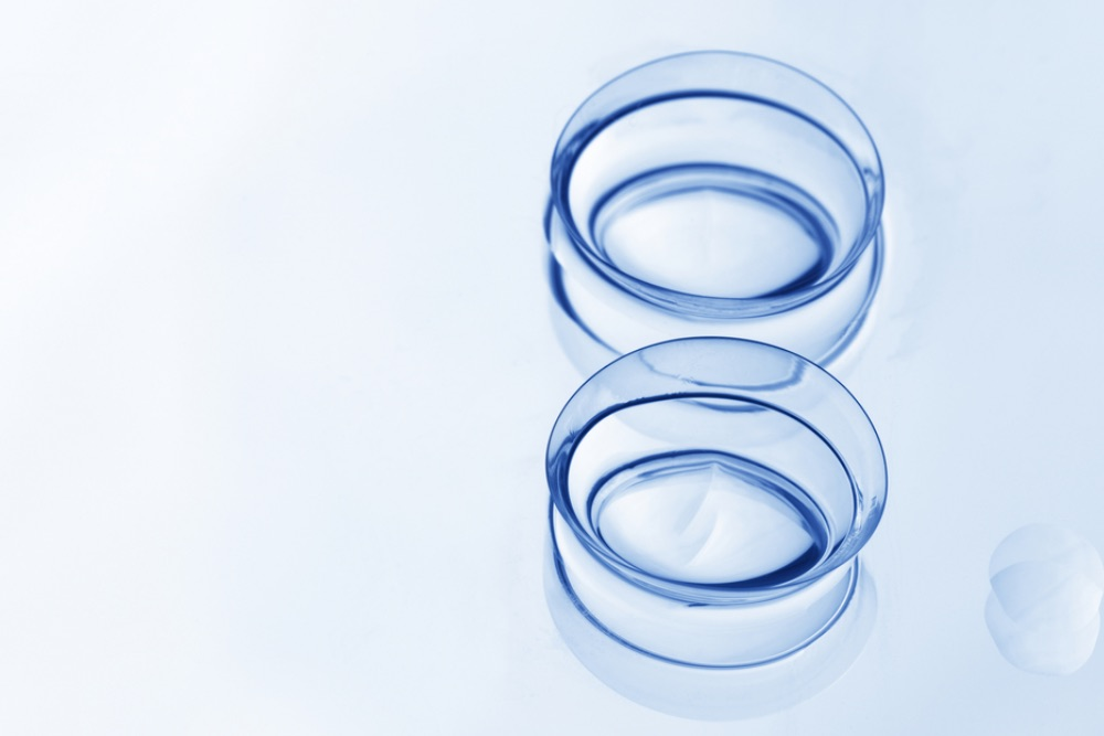 Silicone Hydrogel Contacts