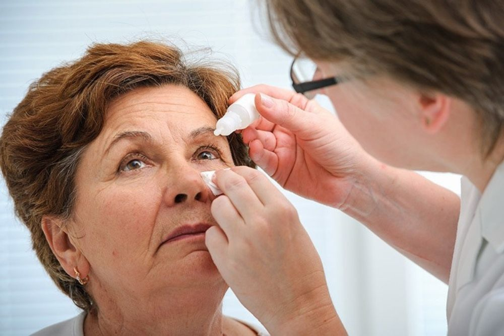 cataract surgery what are the risks