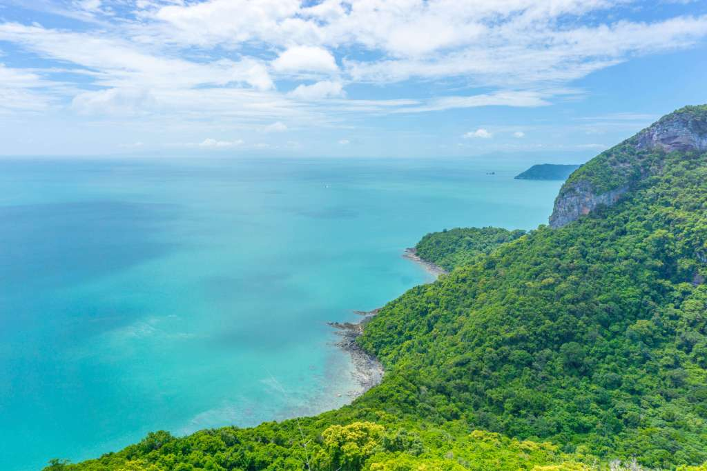 view from Koh Wua Talap - angthong marine park tours