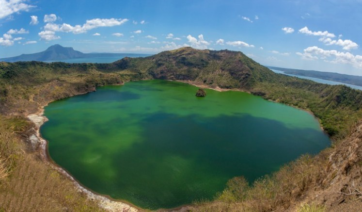 Taal Valcano, Philippines - Photo by Tam Church Flickr