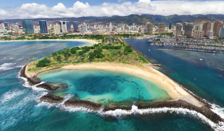Hawaii Travel Photos - Check Out Some Awesome Pics From No. 1 The Travel Destination   Photo By : AirPano Official Website