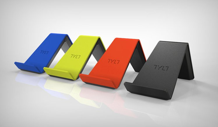 Make Traveling This Holiday Season Easier With TYLT Wireless Chargers - The Yolo Moments