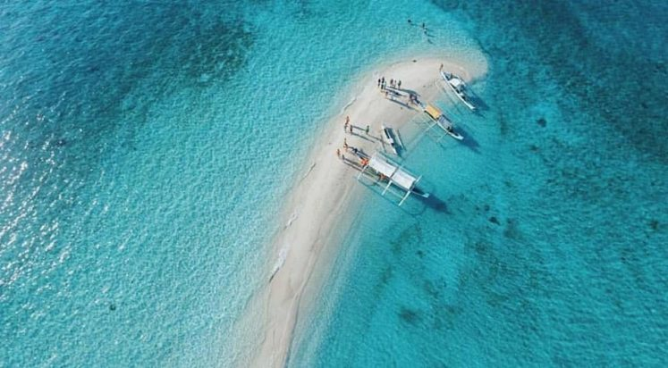 Palad Sandbar In Marinduque - PH Perfect White Sand Beaches