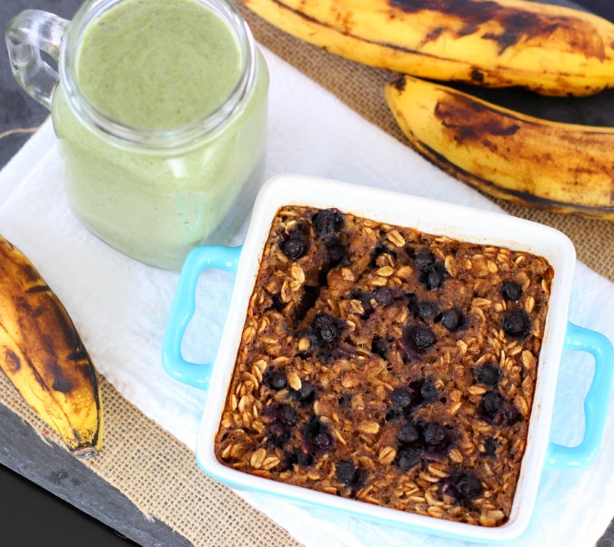 green smoothie and blueberry banana oatmeal bake