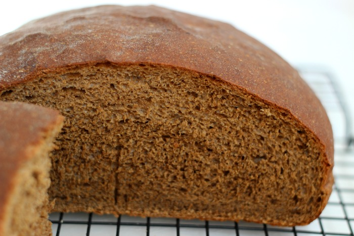 homemade pumpernickel rye bread