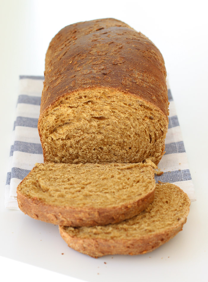 Seed and Wheat Bread with sesame and flax seeds-5
