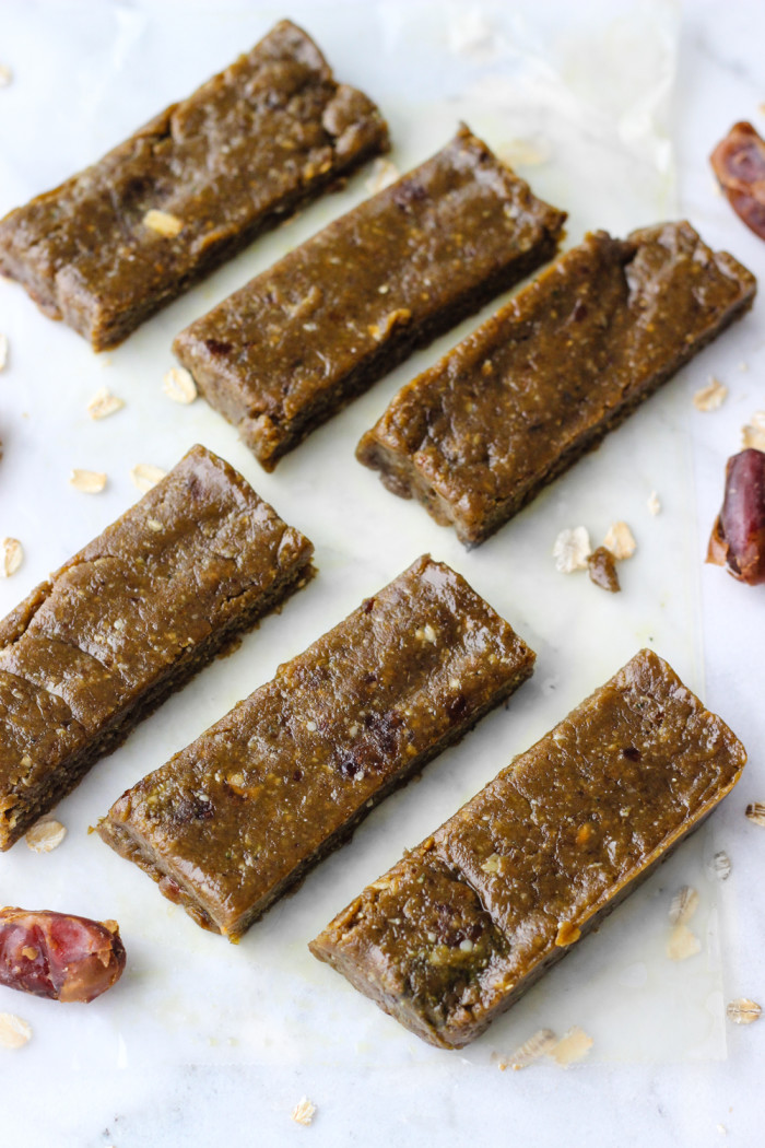 Simple Peanut Butter Matcha Energy Bars | The Yooper Girl-5