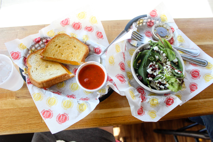 tom & chee's lunch