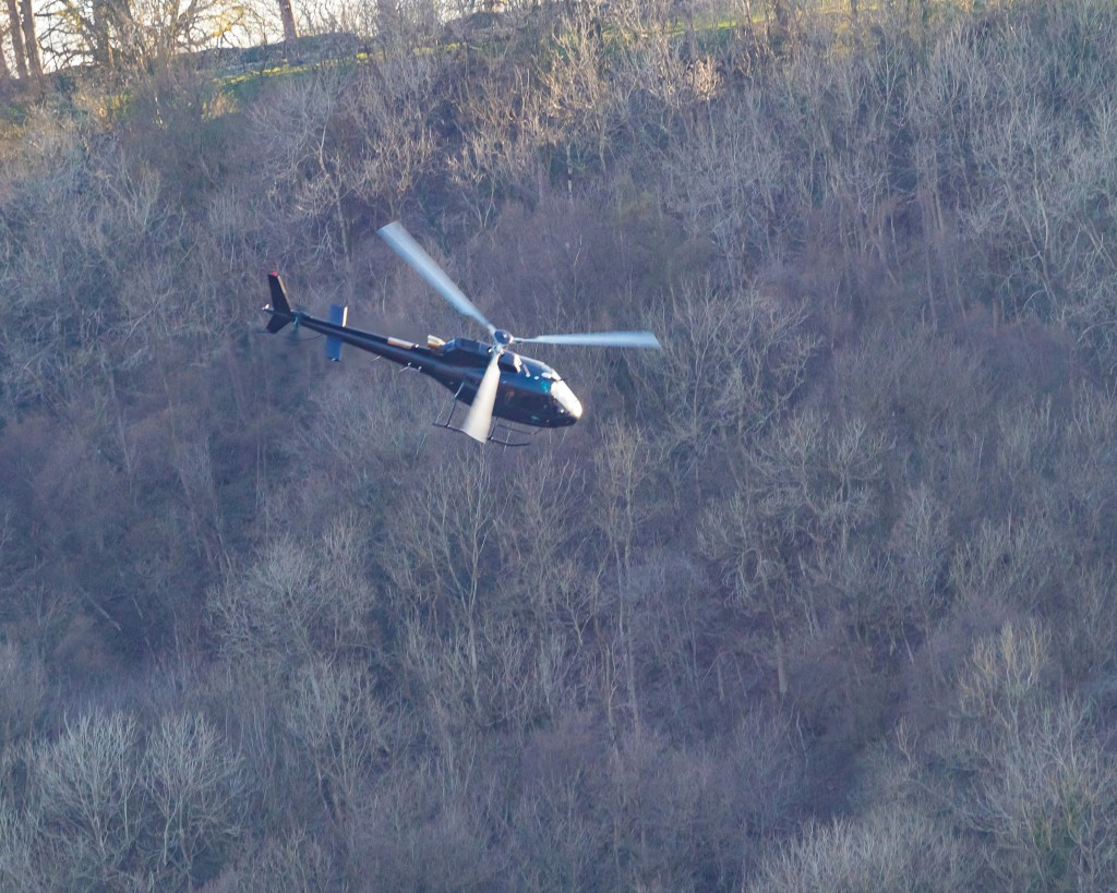 Tom Cruise leaves Levisham in his helicopter