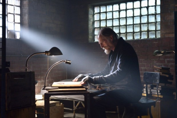 """THE STRAIN -- """"By Any Means"""" -- Episode 202 (Airs July 19, 10:00 pm e/p) Pictured: David Bradley as Abraham Setrakian. CR: Michael Gibson/FX"""
