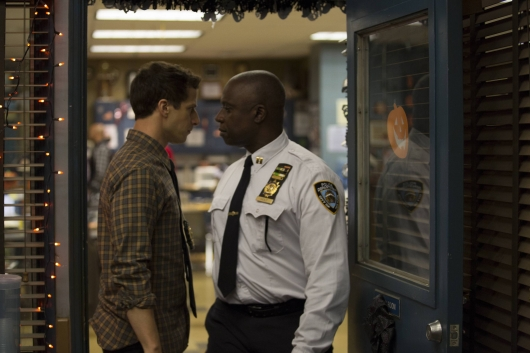 brooklyn-nine-nine-305-08-530x353