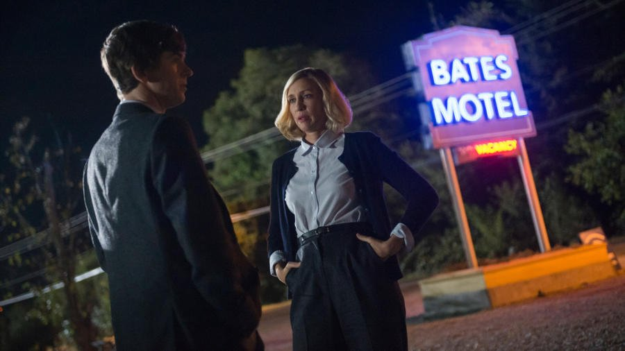 "TV Review: Bates Motel (5x01) ""Dark Paradise"""