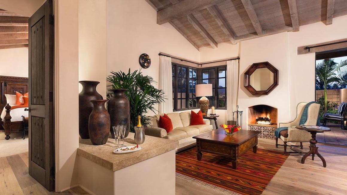 RanchoValencia-Casita-Living-Roomcasita
