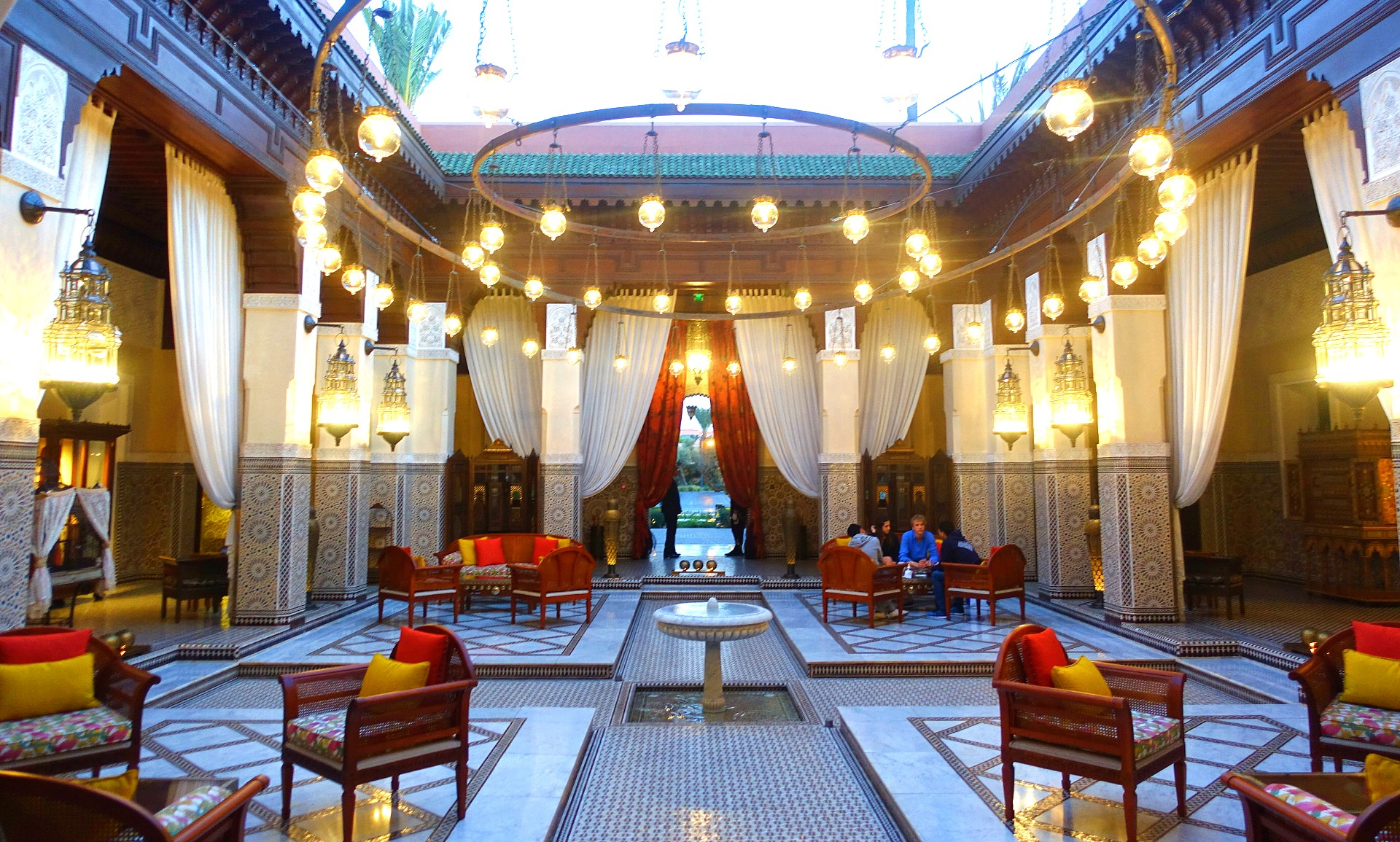 A Review of La Grande Table Marocaine: The \