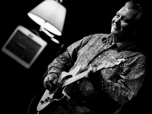 Vancouver artist Steve Kozak keeps reeling 'em in with his West Coast approach to the blues