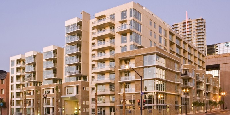 Breeza Condos|Little Italy