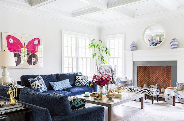 family room with Benjamin Moore calm on walls