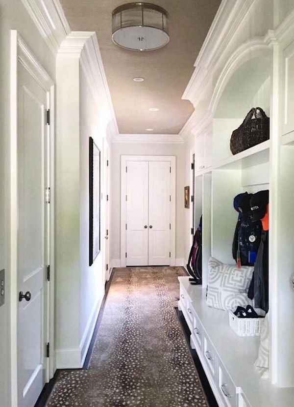 Benjamin Moore White Dove in mudroom