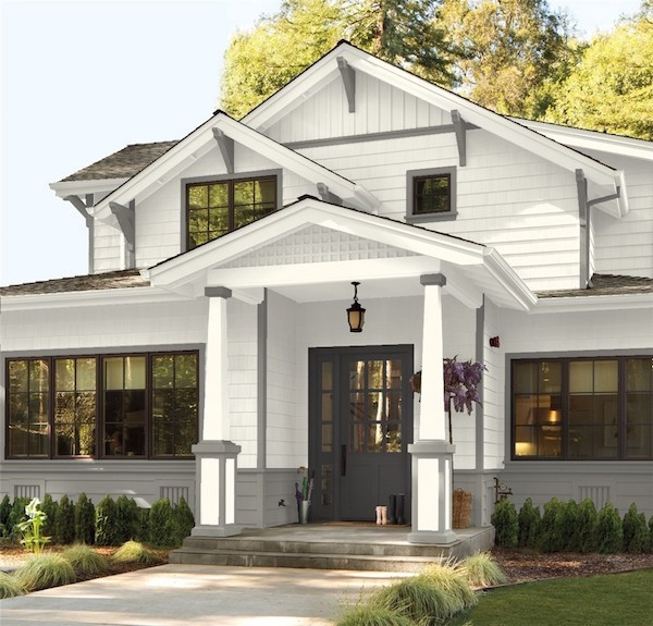 white modern farmhouse with gray trim
