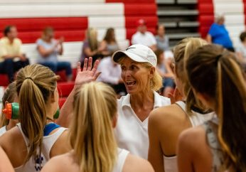 Seymour Girls Volleyball Head Coach Cathy Federowicz talks to her girls in a timeout as Pomperaug hosts Seymour in a girls volleyball scrimmage at Pomperaug High School in Southbury on Monday afternoon. Bill Shettle Republican-American