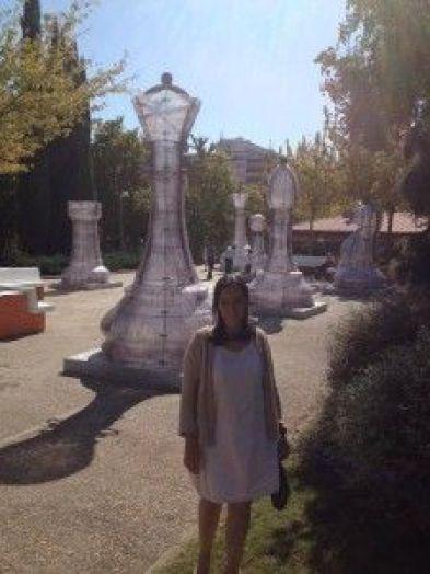 Niala en el Parque del Ajedrez (Madrid 2015), proyecto promovido por la Escuela de Ajedrez Capablanca