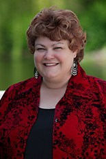Author Leslie Jones
