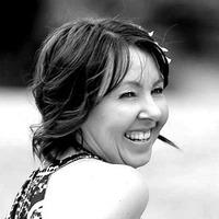 Author Jane Hinchey