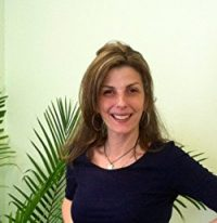 Author Beth Rinyu