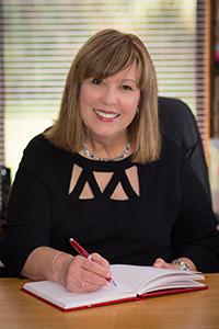 Award Winning Contemporary Romance Author, Leigh Duncan