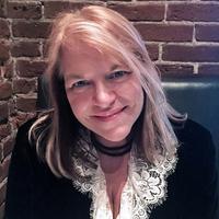 Amazon best-selling author Heather Slade