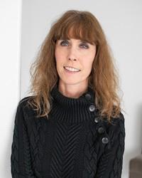 Author Leslie Georgeson