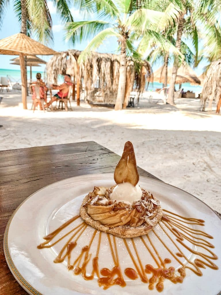 Restaurante & Beach Club Mandarina