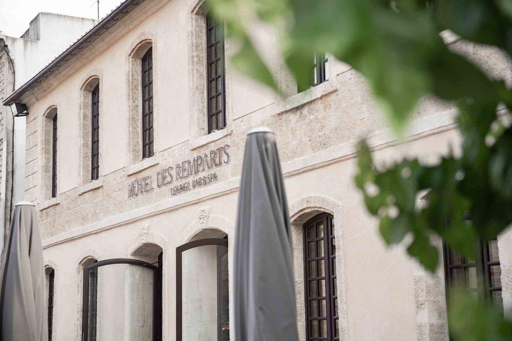 Hôtel Les Remparts Devanture
