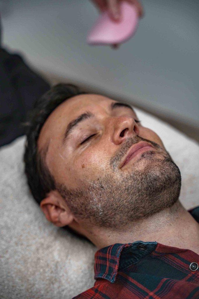 Bloomea MNettoyage de peau avant modelingodeling visage