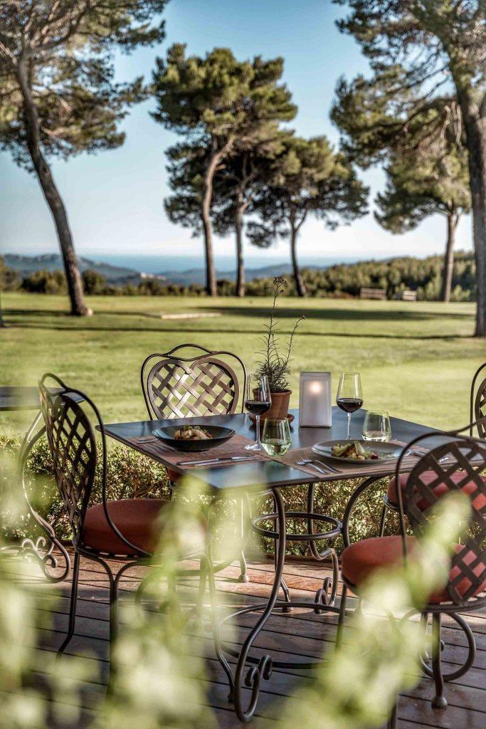 Dejeuner avec vue golf